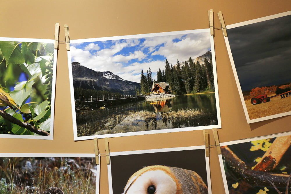 Photo wall with flat stock prints